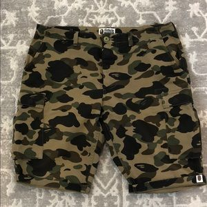 Bape A Bathing Ape Camo cargo shorts XL